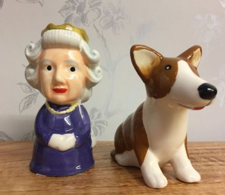 Queen Elizabeth & Corgi Ceramic Salt & Pepper Pot Gift Set